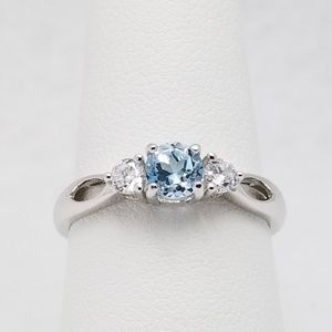 Jewelry - Sterling Silver Ring Sz 8 Blue Topaz White CZ